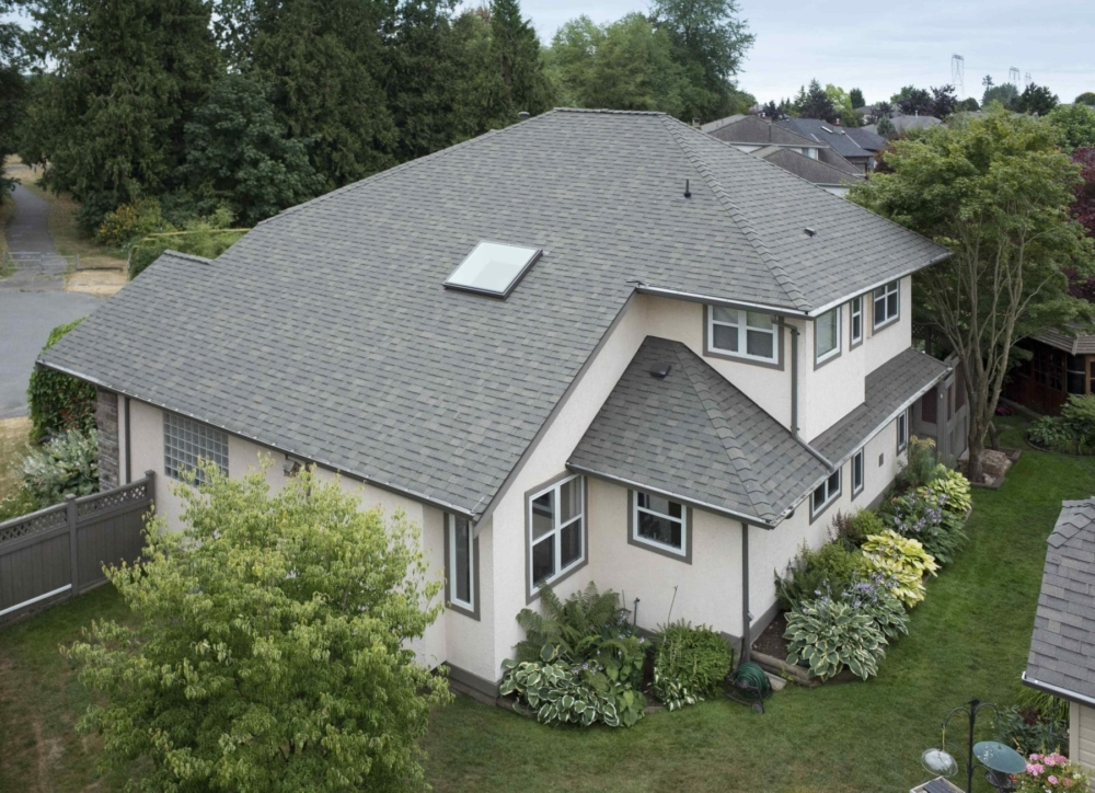 Penfolds Roofing - CedarTwin Laminated Shingles - 42